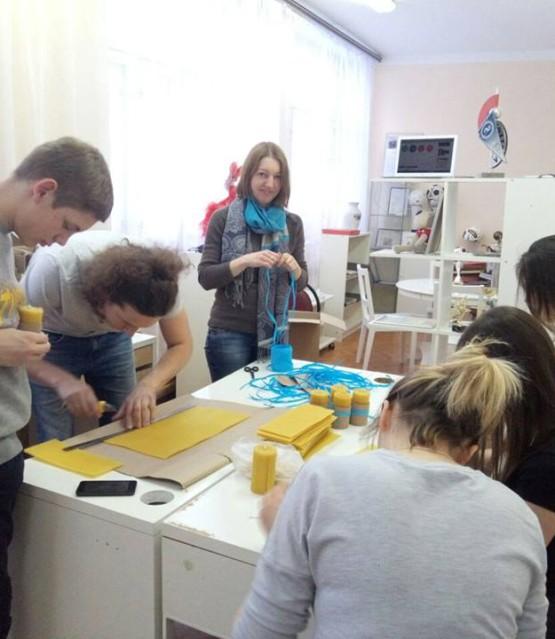 Мастер-класс по изготовлению свечей в Быковском детском доме